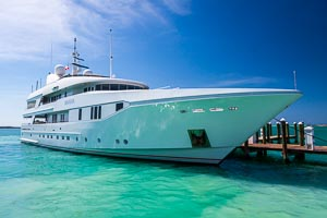 Lux Motor Yacht