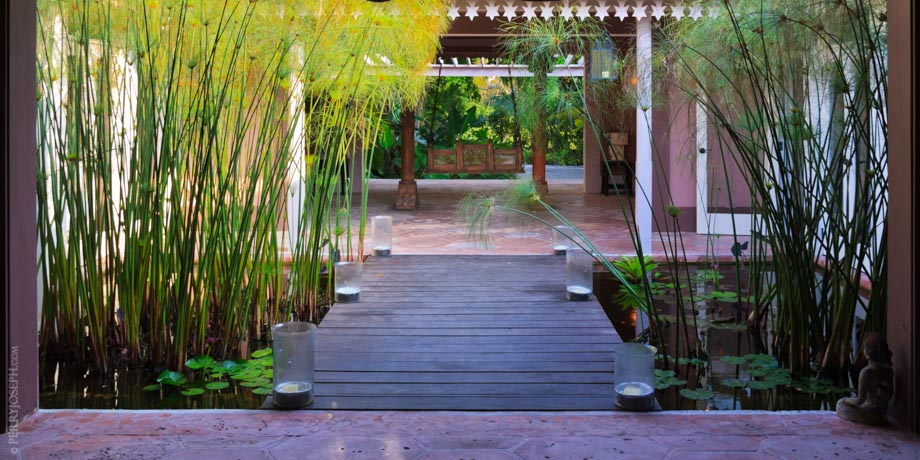 Pink Sands Entryway