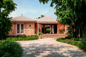 Entrance to Pink Sands Resort