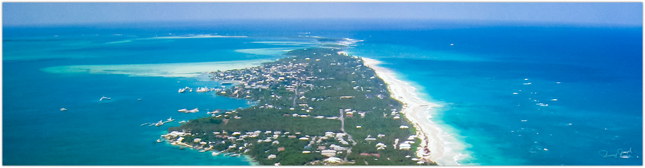 Airplane view Harbour Island Bahamas